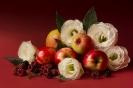 Яблочно-малиновый букет